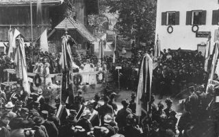 Big celebration in Maria Alm at the turn of the century
